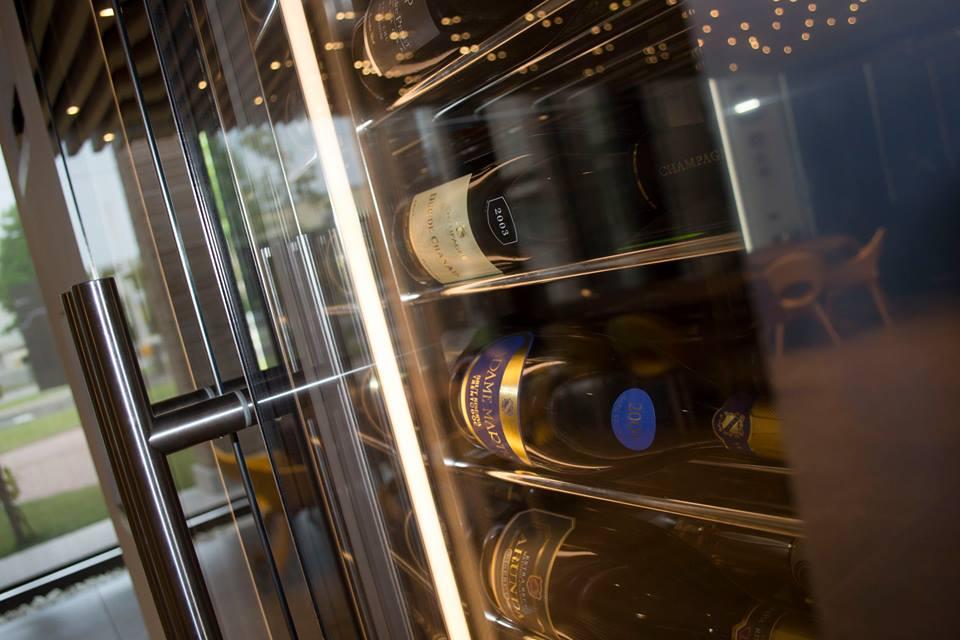 Холодильное и морозильное оборудование Iglu