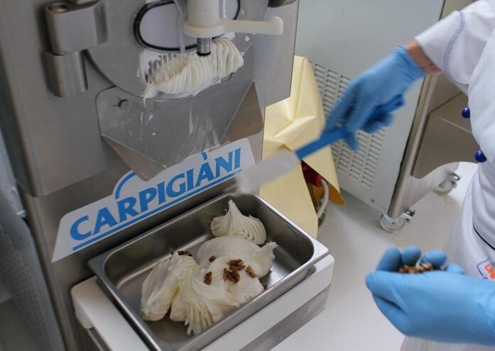 Итальянское оборудование для мягкого мороженого Carpigiani