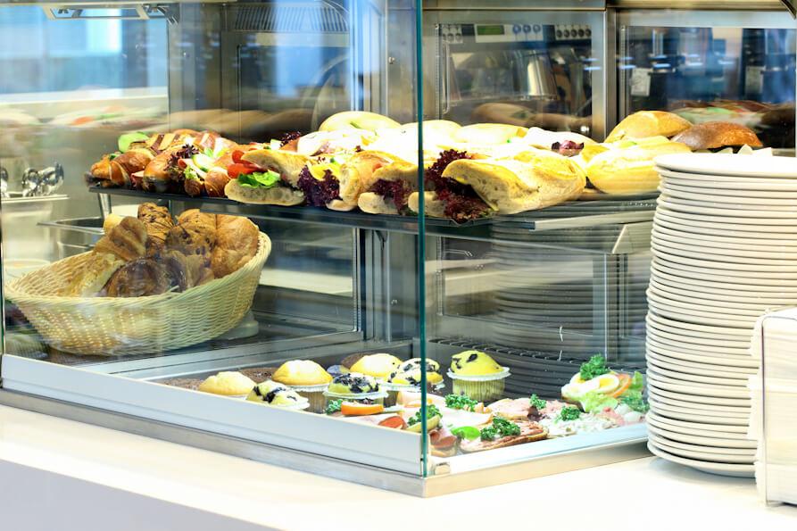 Идеал АКЕ - витрины для ресторана как в старбакс
